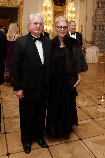 С супругой в екатерининском дворце